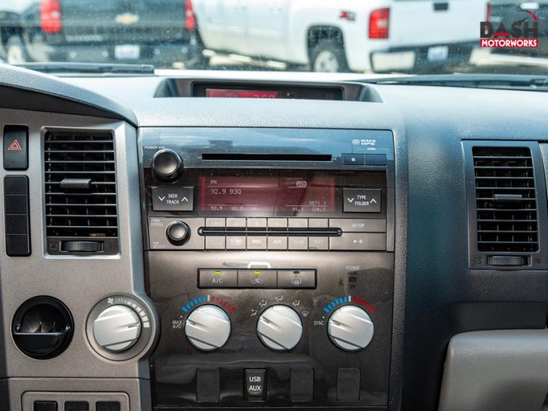 Toyota Tundra SR5 CrewMax 5.7L V8 Steps Bedliner Bedcover 2012 price $21,899