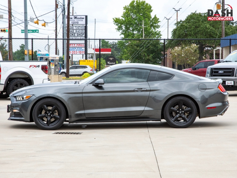 Ford Mustang V6 Coupe Camera Auto Paddle Shifters 2016 price $17,985