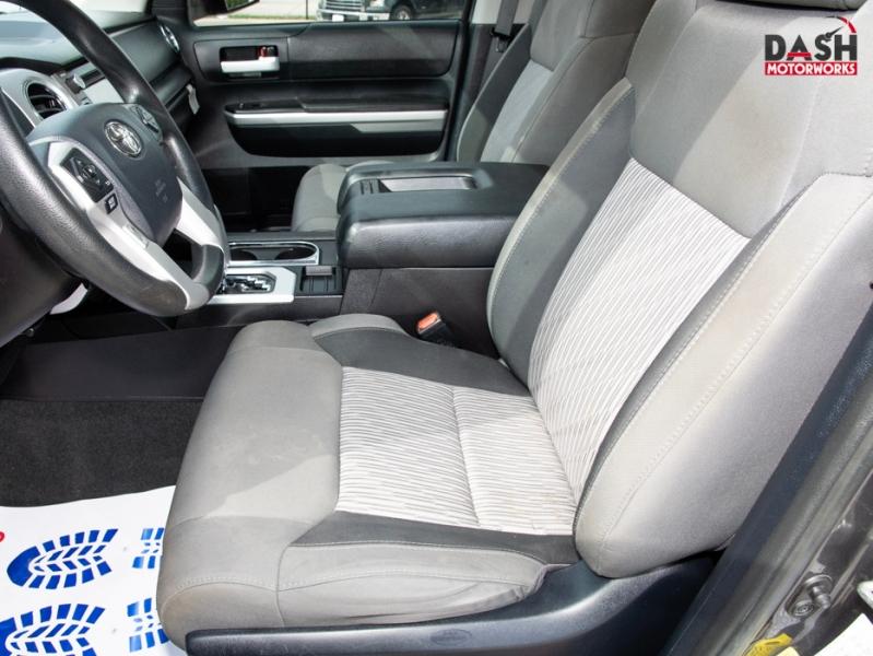 Toyota Tundra SR5 CrewMax V8 Navigation Camera Bedliner W 2015 price $27,995