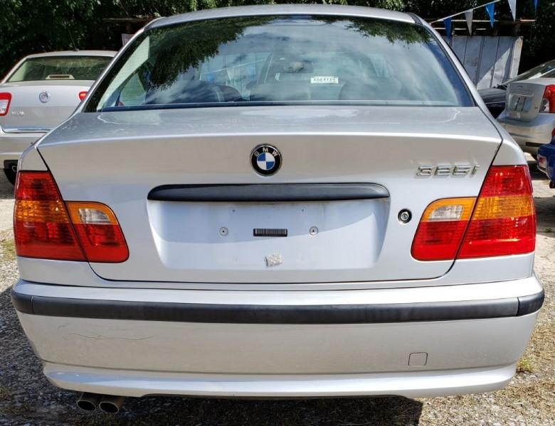 BMW 325 2004 price $4,000