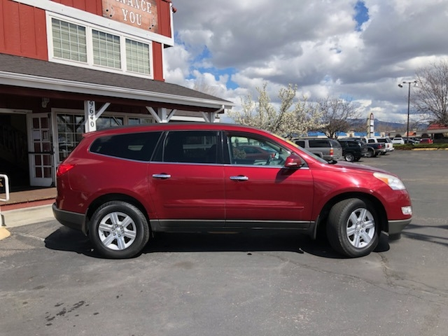 Chevrolet Traverse 2011 price $11,999