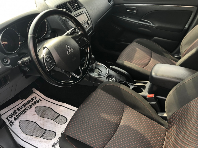 Mitsubishi Outlander Sport 2017 price $12,999