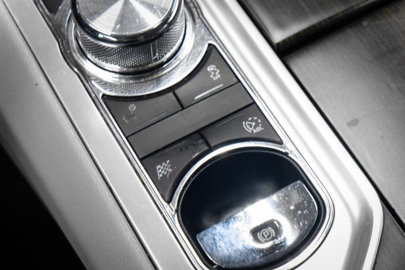 Jaguar XF 2012 price $15,991