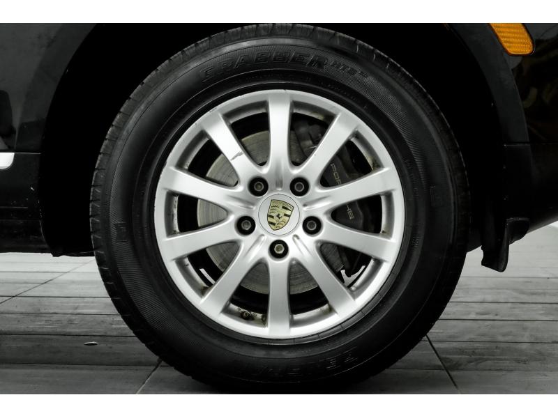 Porsche Cayenne 2006 price $9,991