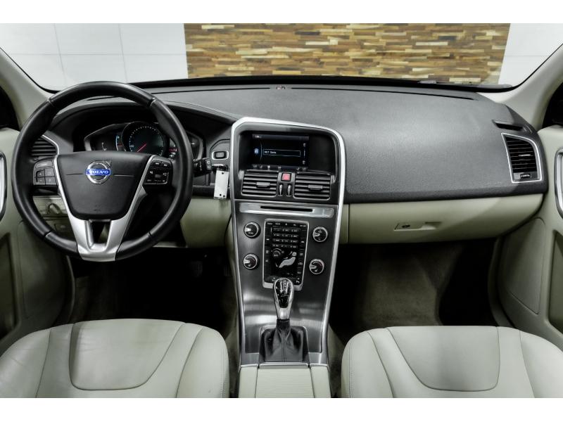 Volvo XC60 2015 price $11,993