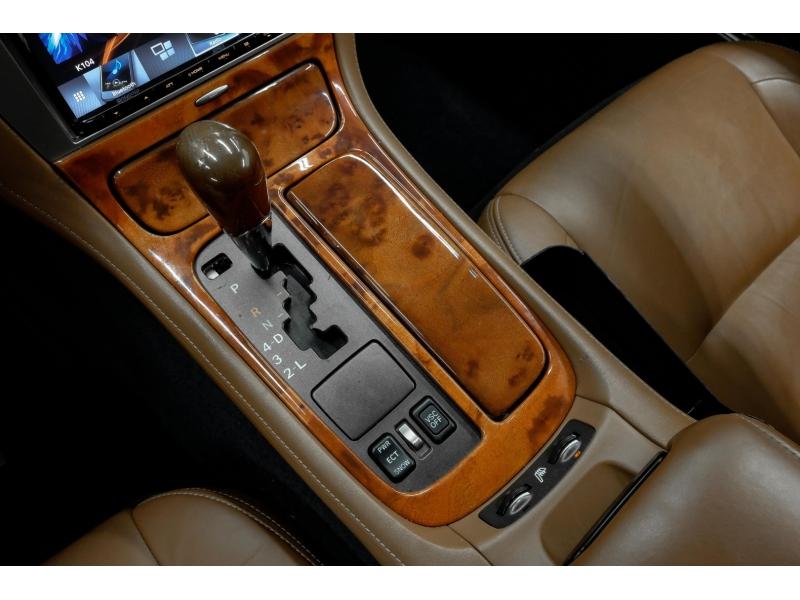 Lexus SC 430 2002 price $14,991