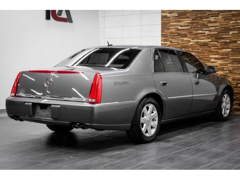 Cadillac DTS 2006 price $10,991