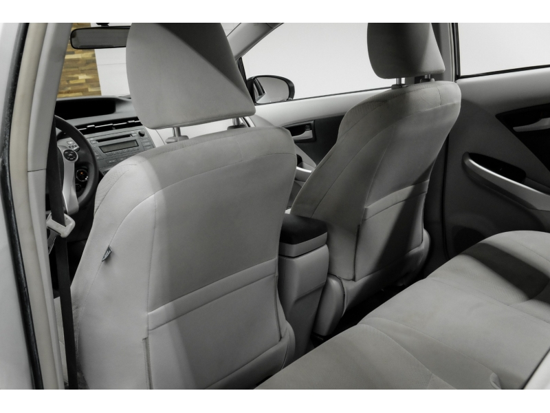 Toyota Prius 2010 price $7,792