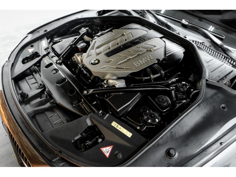 BMW 7-Series 2009 price $15,991