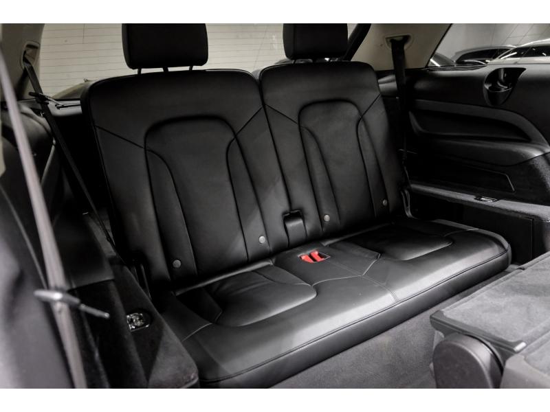 Audi Q7 2015 price $16,991