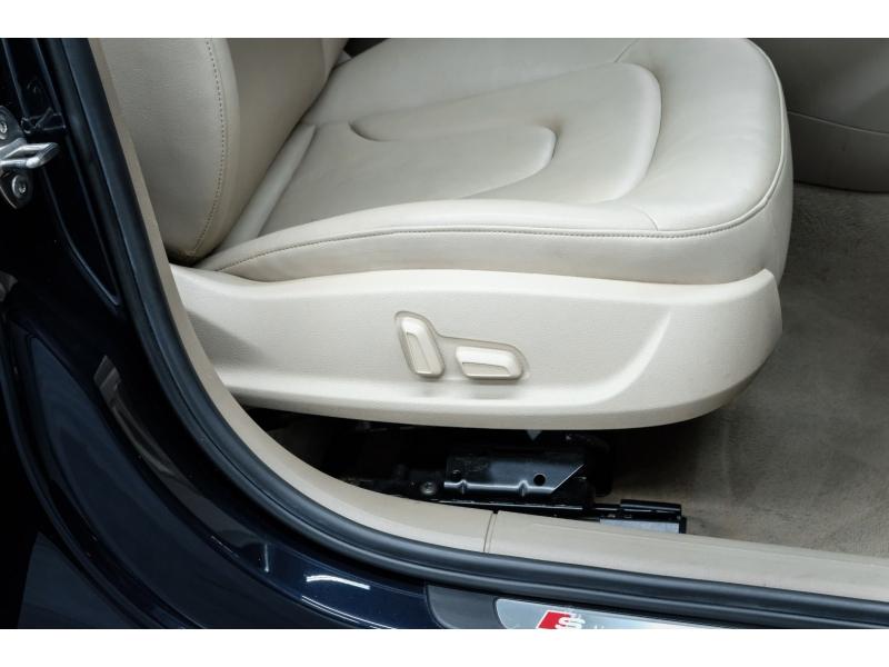 Audi A4 2012 price $8,991