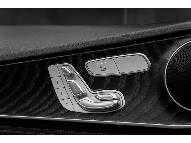 Mercedes-Benz C-Class 2016 price $18,991