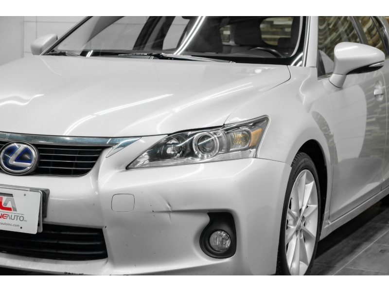 Lexus CT 200h 2011 price $8,491