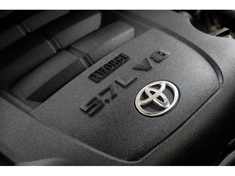 Toyota Sequoia 2012 price $15,991