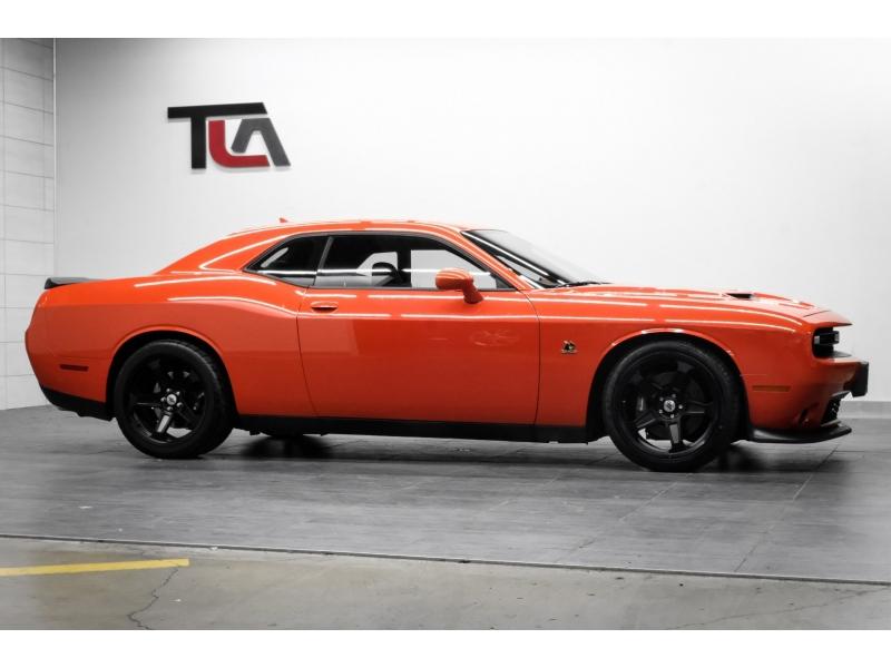 Dodge Challenger 2018 price $34,991