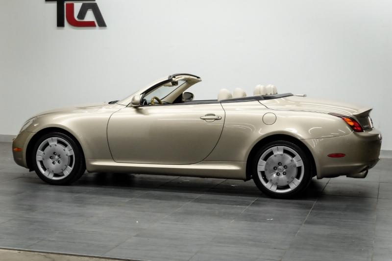 Lexus SC 430 2003 price $14,992