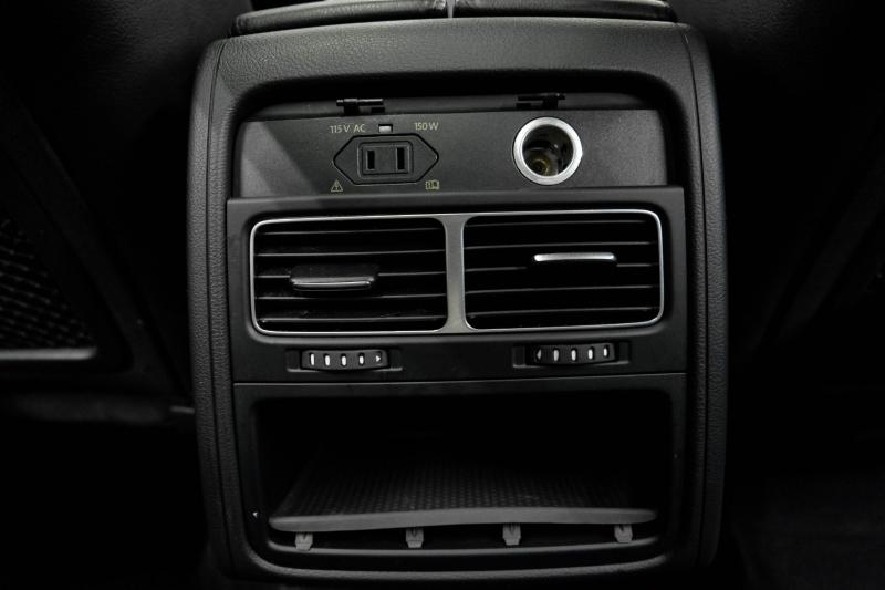 Volkswagen Touareg 2013 price $12,491