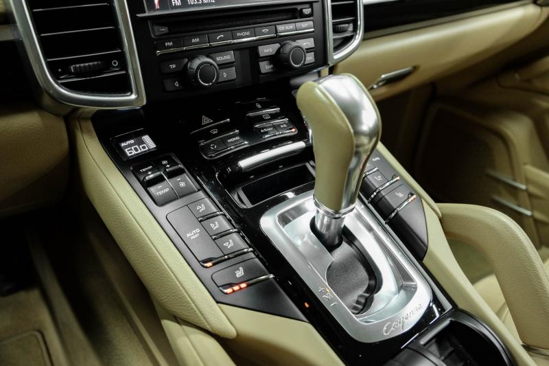 Porsche Cayenne 2013 price $24,991