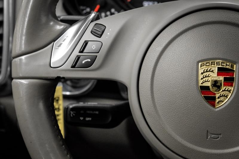 Porsche Cayenne 2011 price $21,991