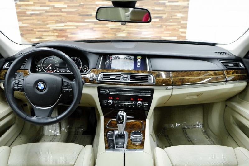 BMW 7-Series 2014 price $21,991