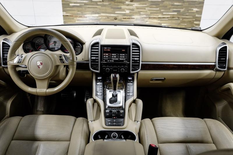 Porsche Cayenne 2011 price $16,991