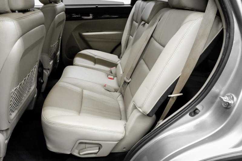 Kia Sorento 2014 price $12,991
