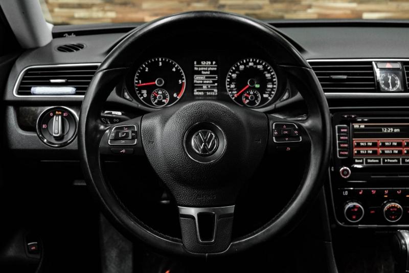 Volkswagen Passat 2014 price $15,491