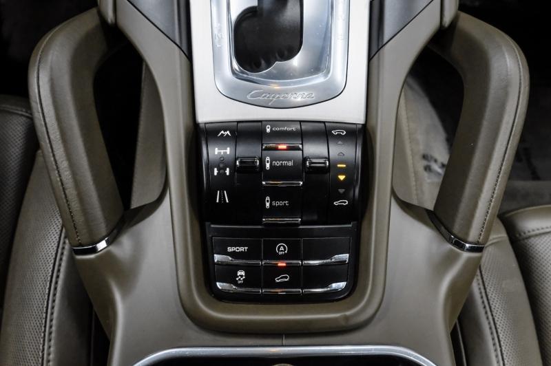 Porsche Cayenne 2011 price $31,991