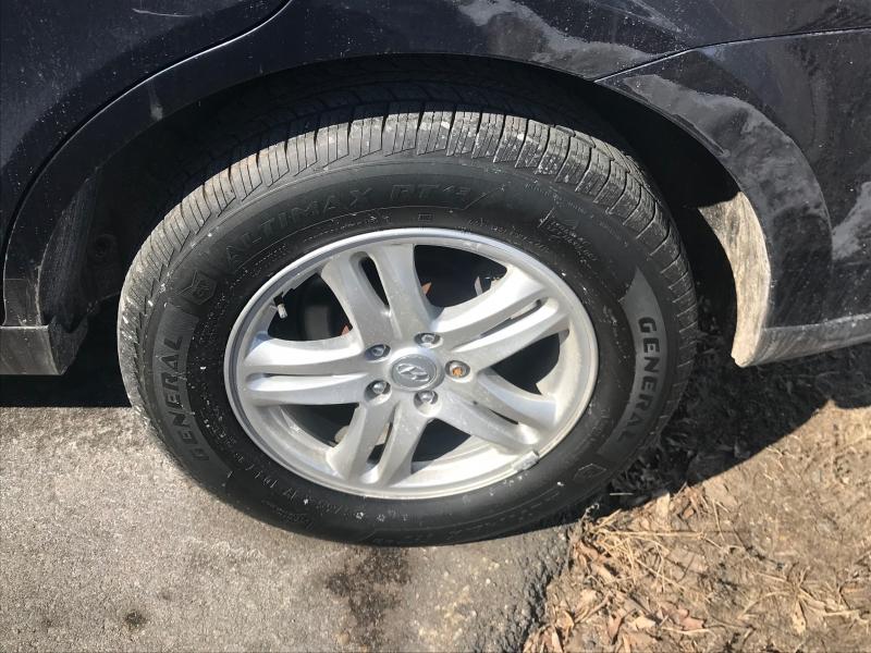 Hyundai Santa Fe 2012 price $9,750