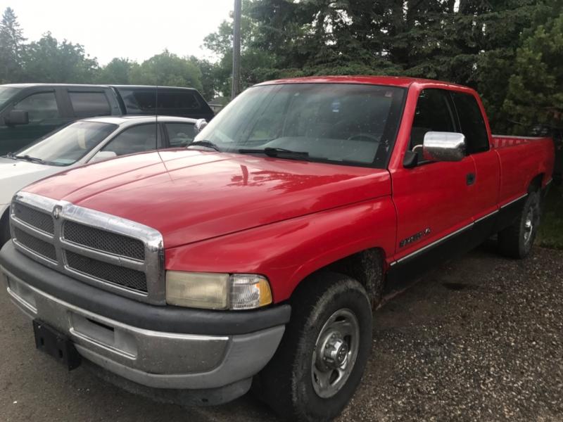 Dodge Ram 2500 1996 price $4,500