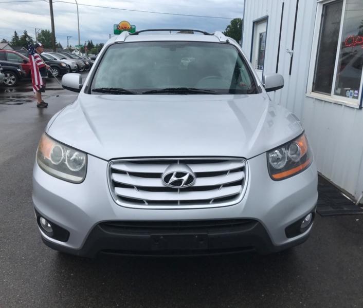 Hyundai Santa Fe 2011 price $6,995