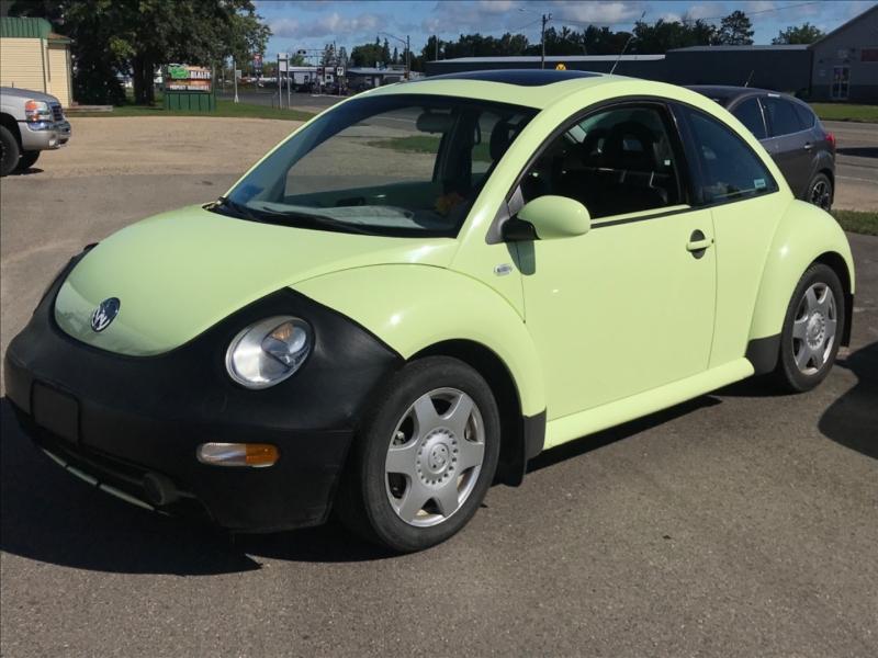 Volkswagen New Beetle 2001 price $5,250
