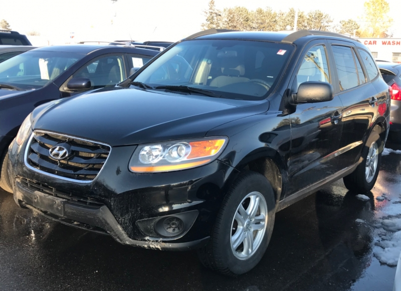 Hyundai Santa Fe 2010 price $6,450