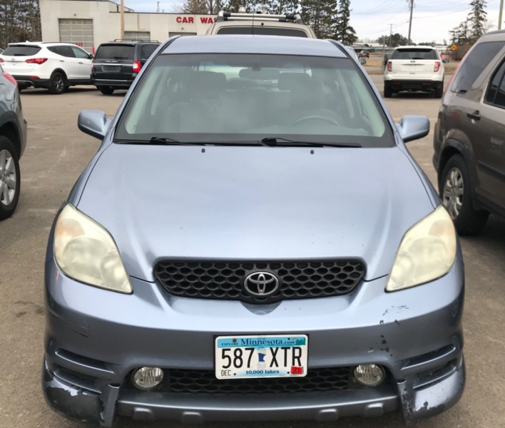 Toyota Matrix 2004 price $3,995