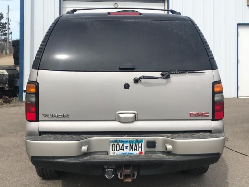 GMC Yukon Denali 2005 price $7,995