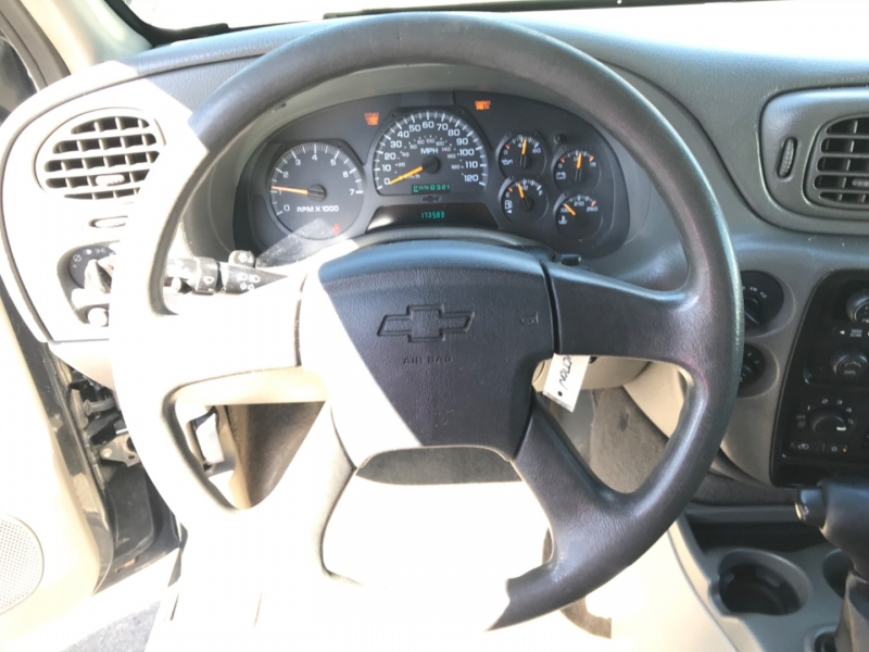Chevrolet TrailBlazer 2004 price $0