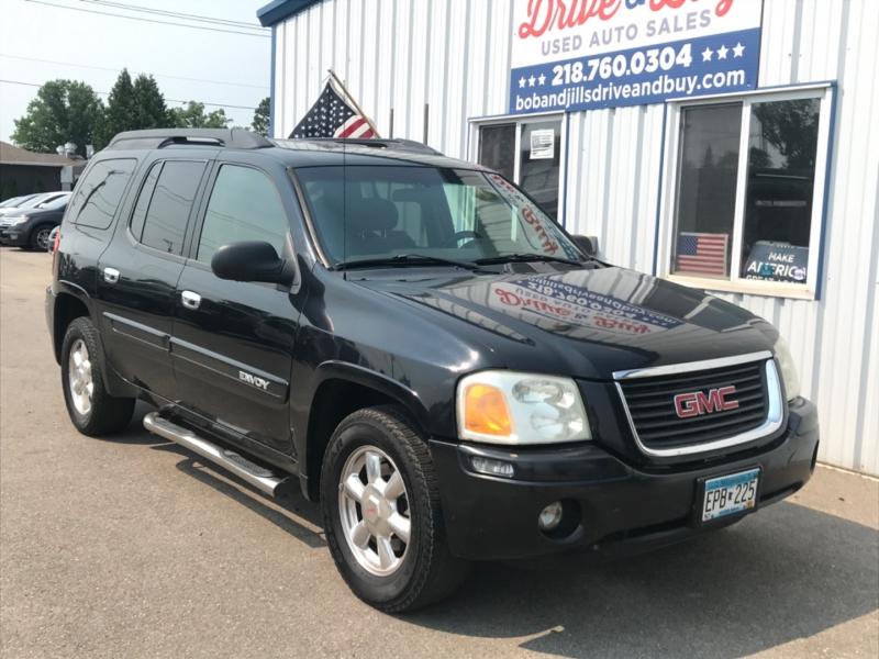 GMC Envoy XL 2004 price $4,995