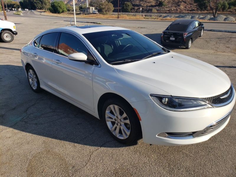 CHRYSLER 200 2016 price $9,999