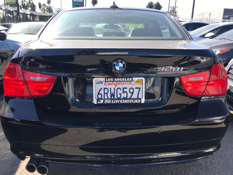 BMW 3-Series 2011 price $13,999