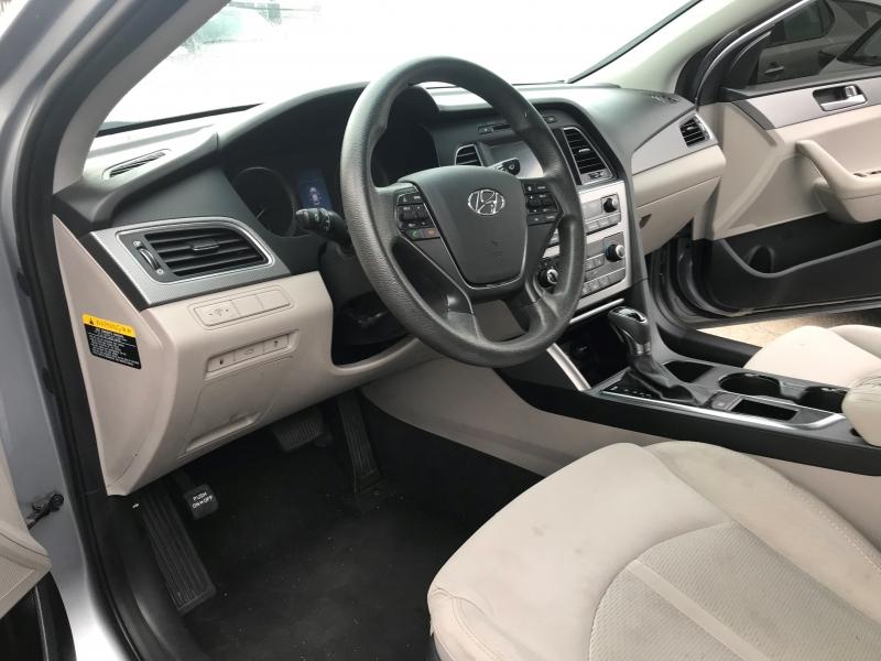 Hyundai Sonata 2016 price $20,999