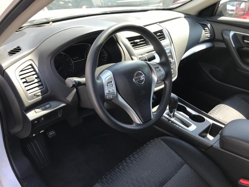 Nissan Altima 2017 price $16,799