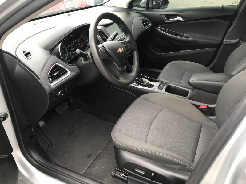 Chevrolet Cruze 2018 price $20,999