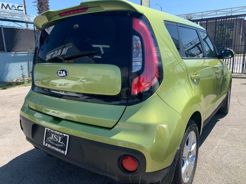 Kia Soul 2017 price $18,999