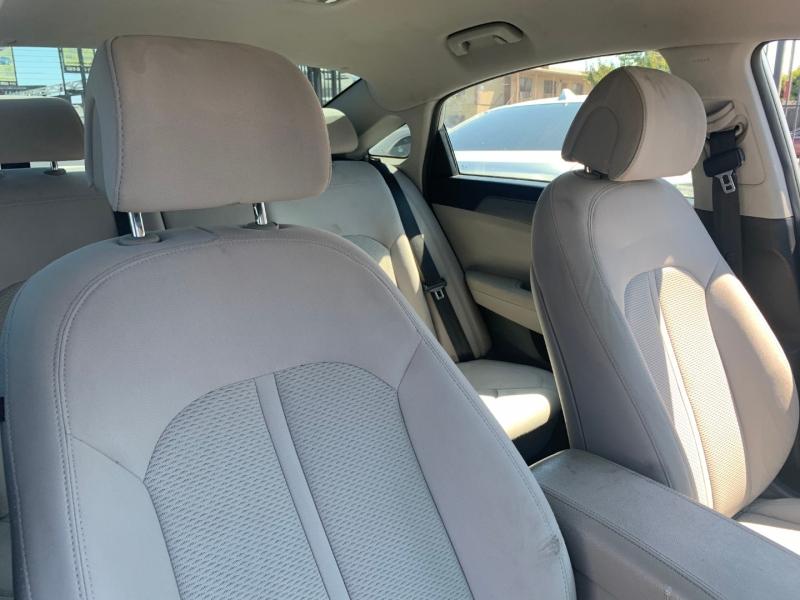 Hyundai Sonata 2016 price $19,299