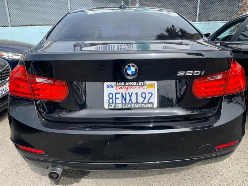 BMW 3-Series 2015 price $23,999