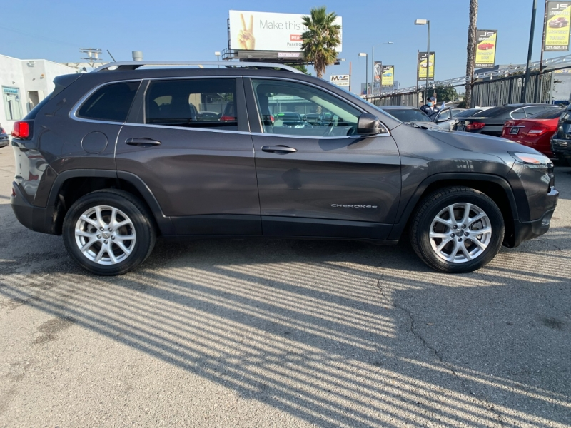 Jeep Cherokee 2015 price $19,999