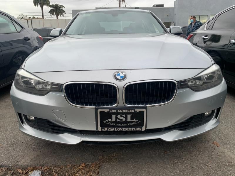 BMW 3-Series 2012 price $15,999