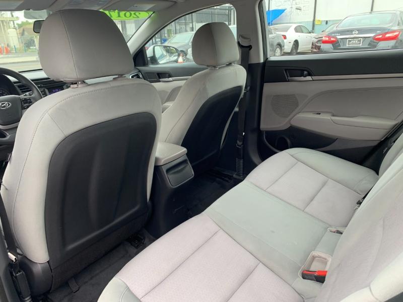 Hyundai Elantra 2017 price $18,999