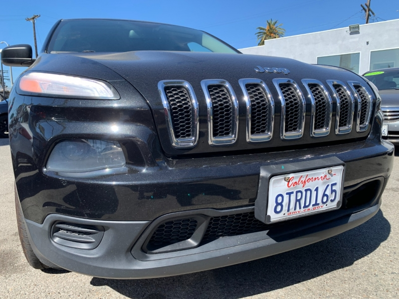 Jeep Cherokee 2015 price $23,999