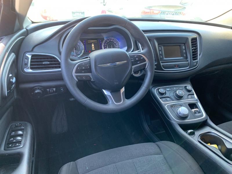 Chrysler 200 2016 price $22,999